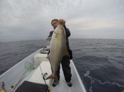 カンパチ釣りブログアップしました
